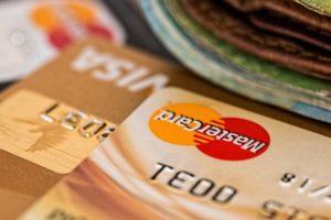 Ini Trik Agar Kartu Kredit Bebas dari Iuran Tahunan
